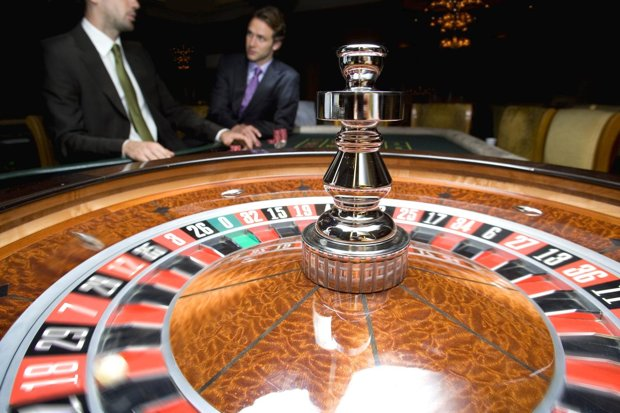 Monte Carlo trio jailed for fraud on the roulette table (but they can keep €2.8m)